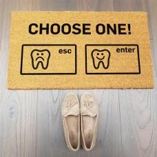 CHOOSE ONE Diş Tasarımlı Paspas